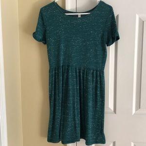 Super cute green dress!